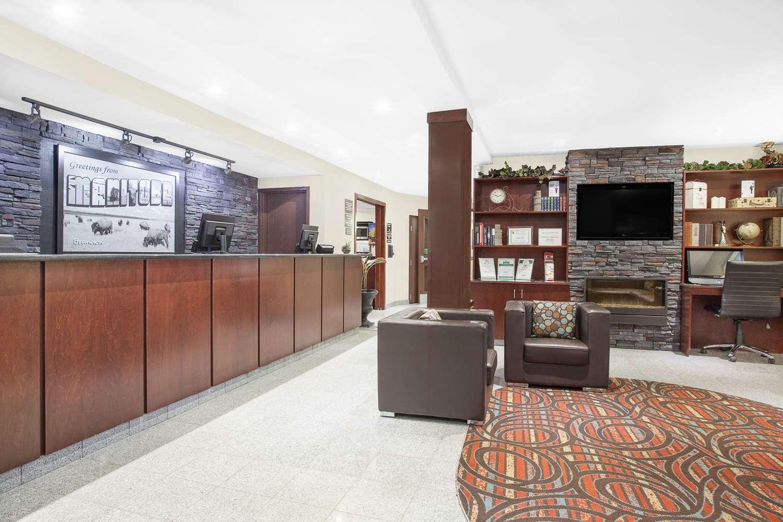 Lobby - Super 8 Hotel Brandon