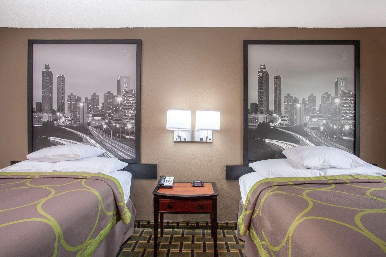 Room - Super 8 Hotel Waycross