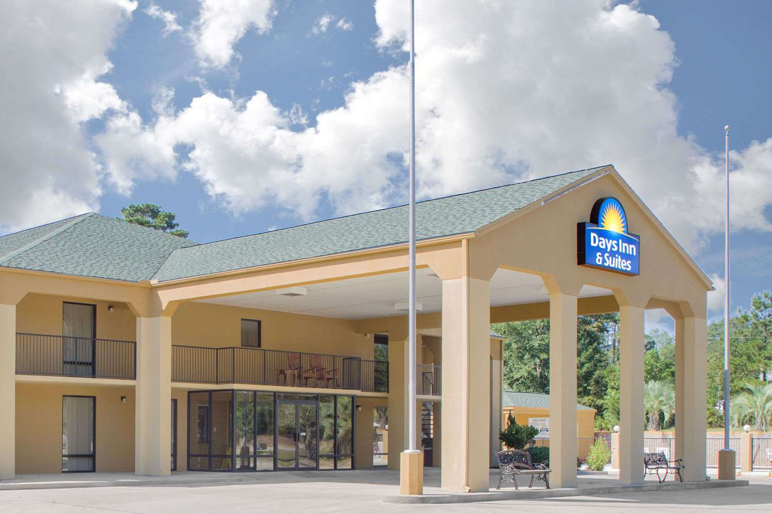 Exterior view - Days Inn Andalusia