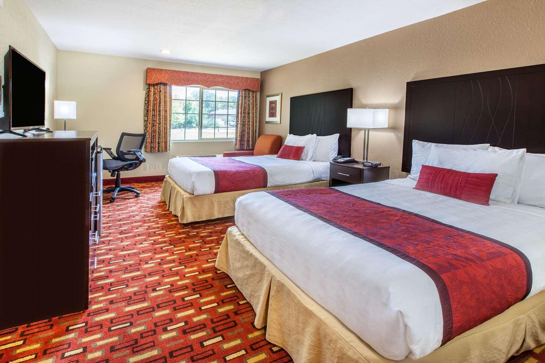Room - Days Inn Pleasant Ridge Road Arlington