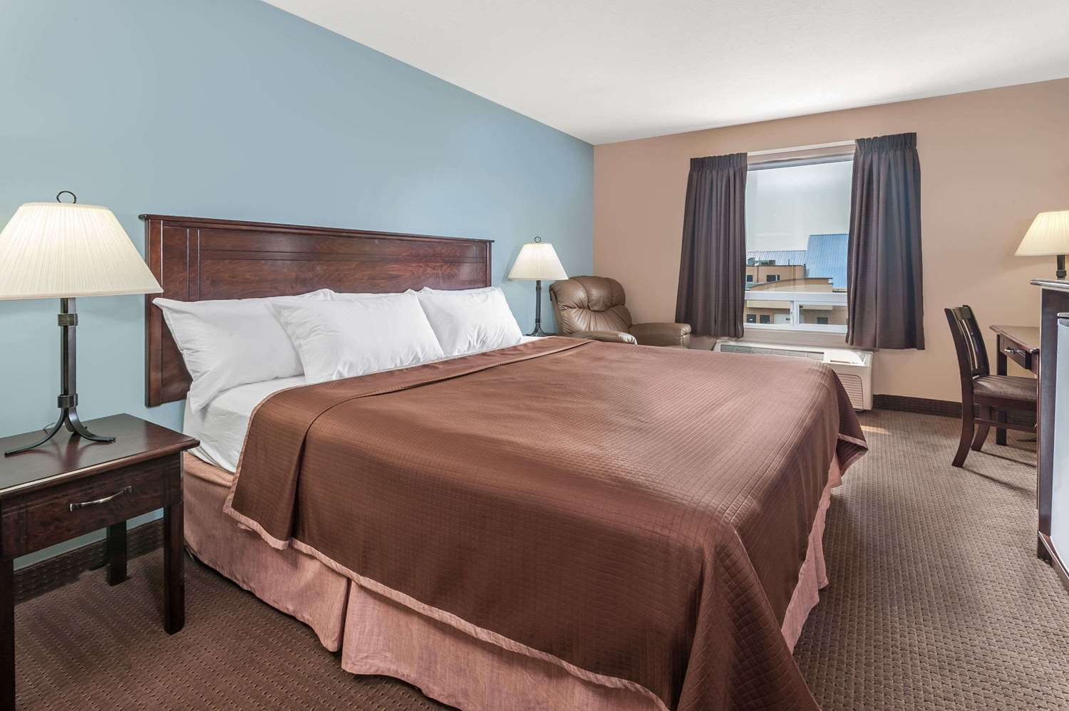 Room - Super 8 Hotel South Edmonton