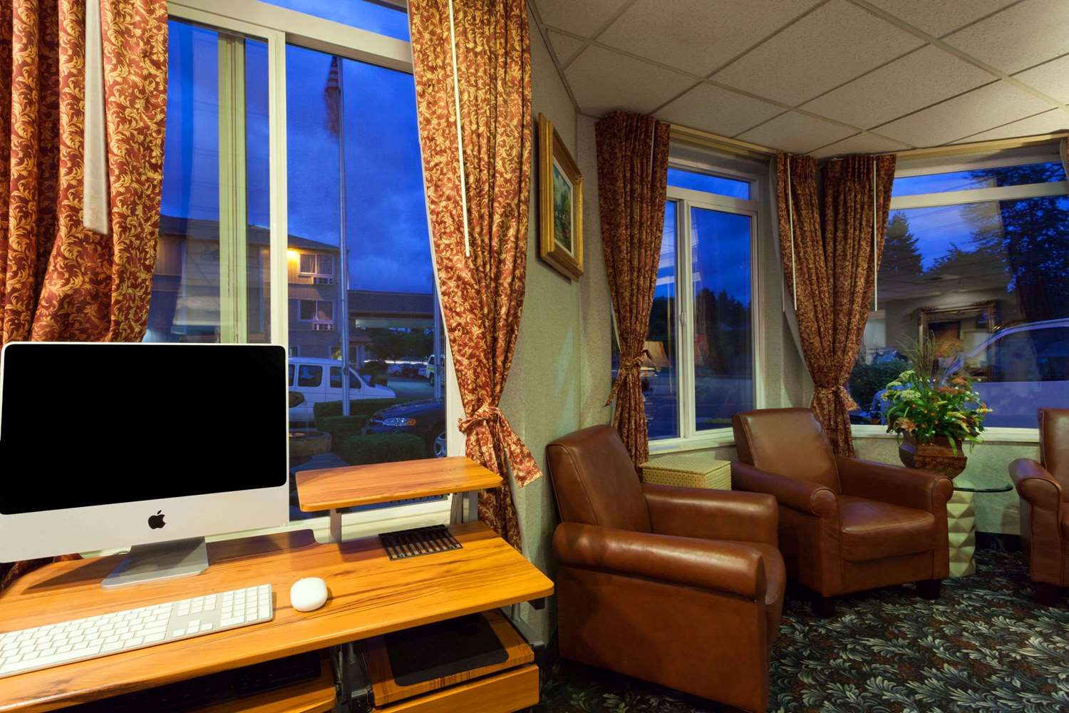 Conference Area - Ramada Limited Hotel Tukwila