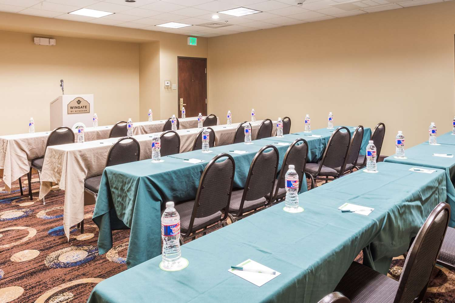 Meeting Facilities - Wingate by Wyndham Hotel Sulphur