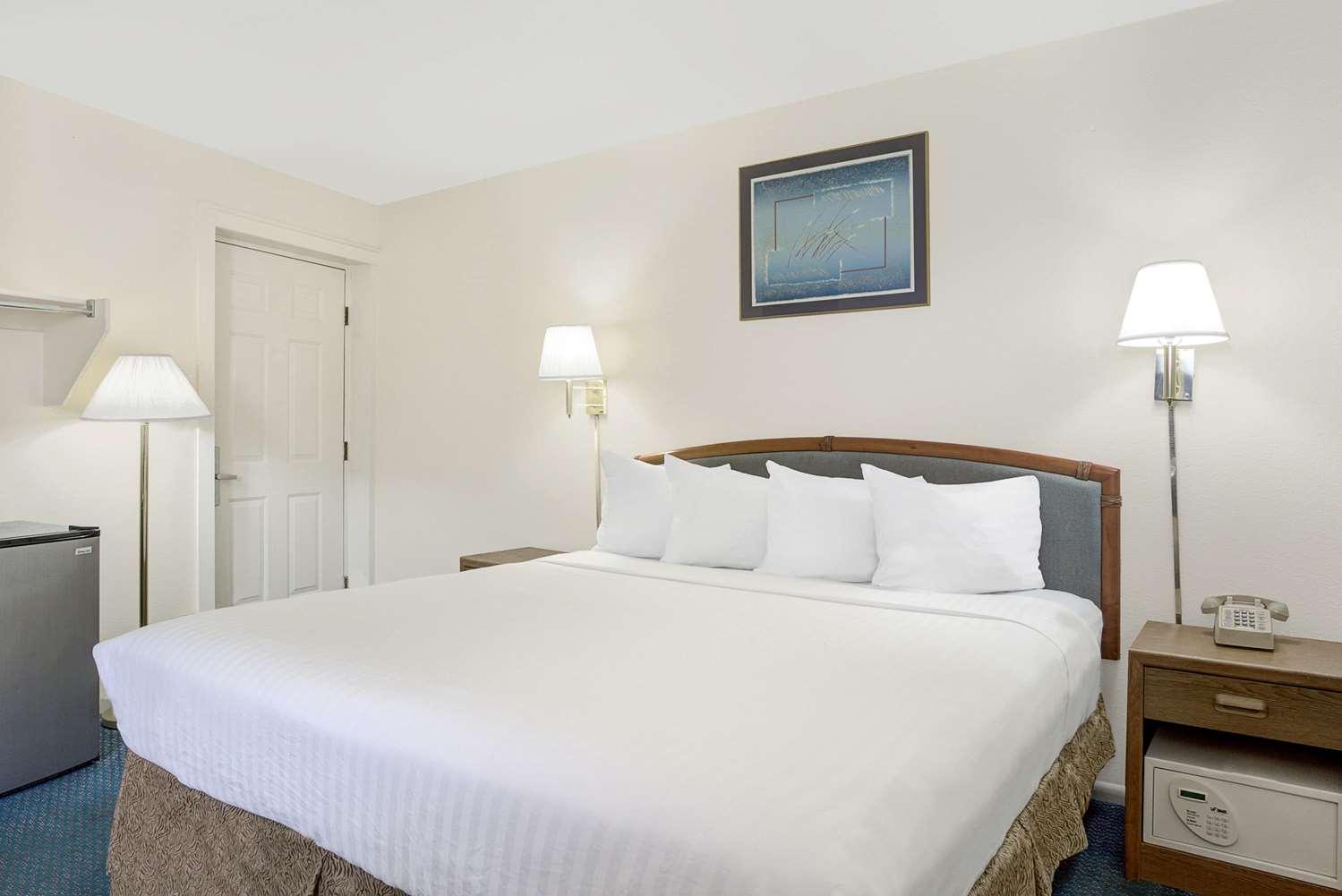 Room - Travelodge Cedar City