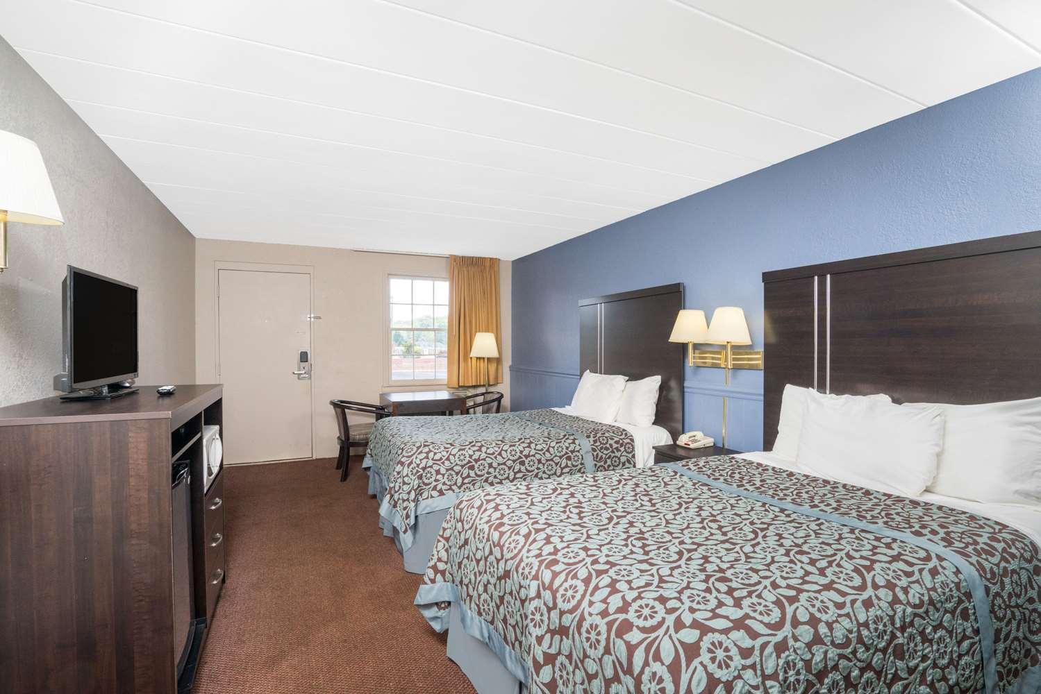 Room - Days Inn Lincolnton