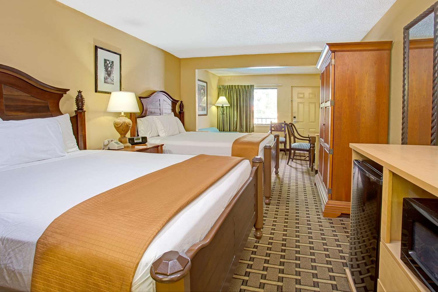 Room - Travelodge Suites East Gate Orange Kissimmee