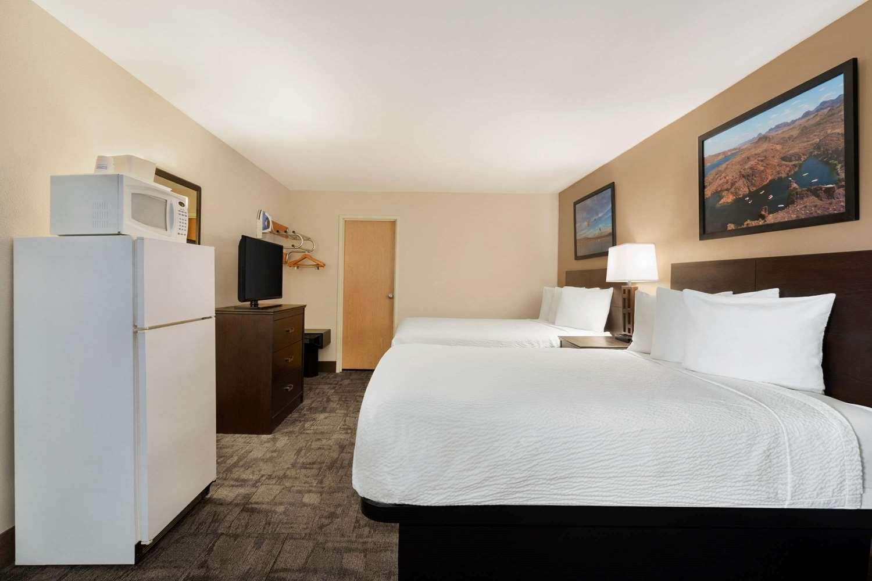 Suite - Travelodge Lake Havasu City