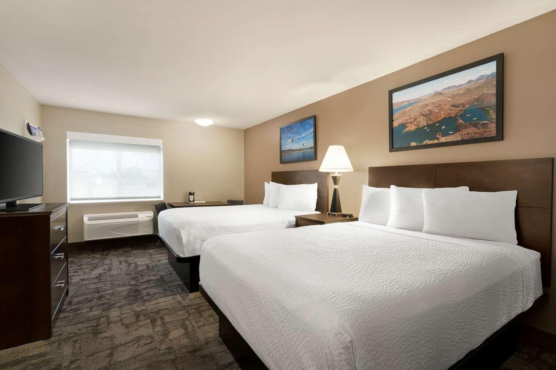 Room - Travelodge Lake Havasu City