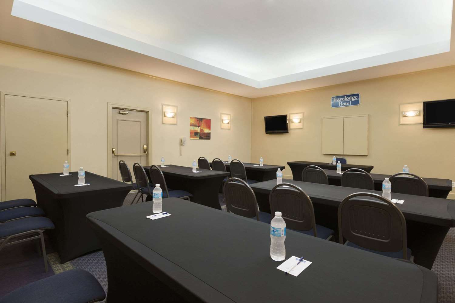 Meeting Facilities - Travelodge Airport Vancouver Richmond