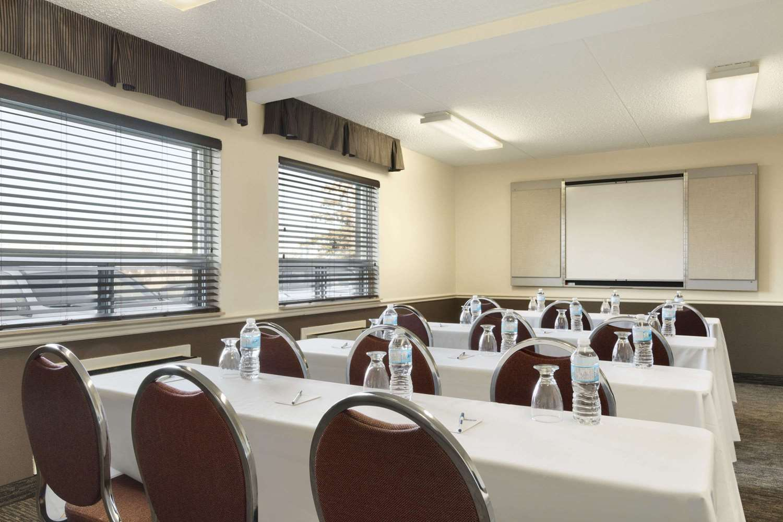 Meeting Facilities - Travelodge South Edmonton