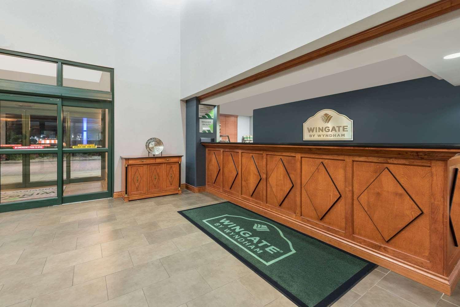 Lobby - Wingate by Wyndham Hotel Longview