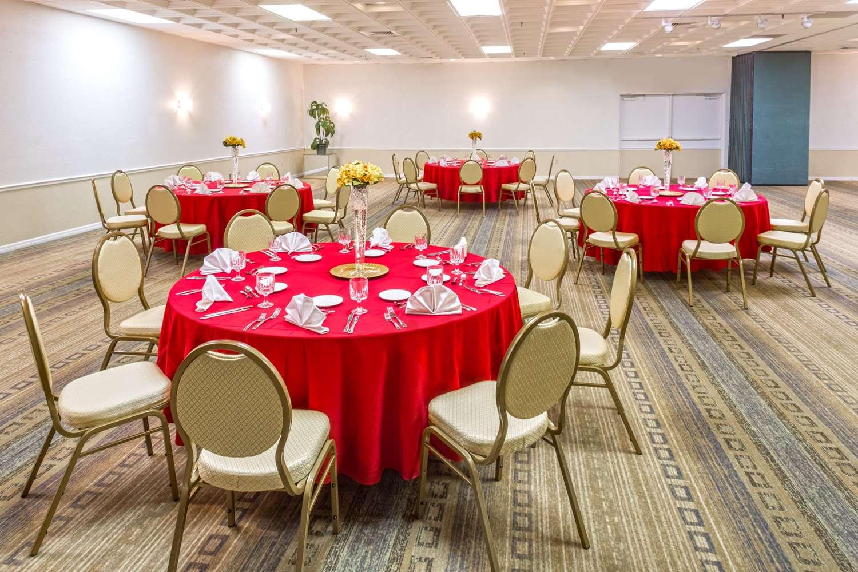 Meeting Facilities - Ramada Inn Gateway Kissimmee