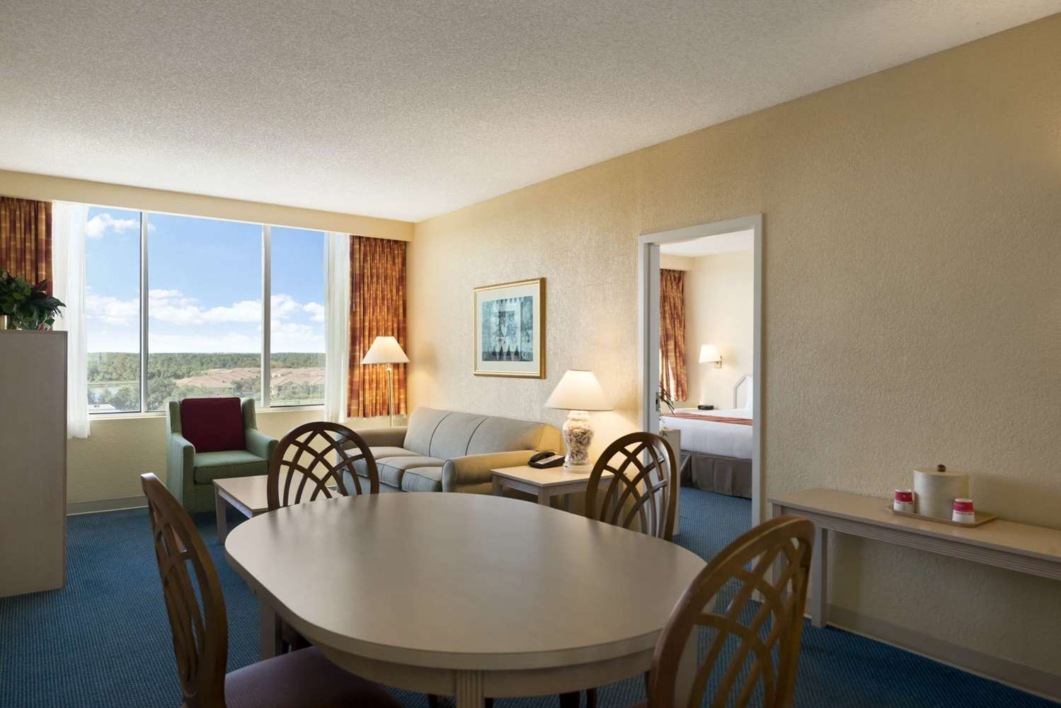Suite - Ramada Inn Gateway Kissimmee
