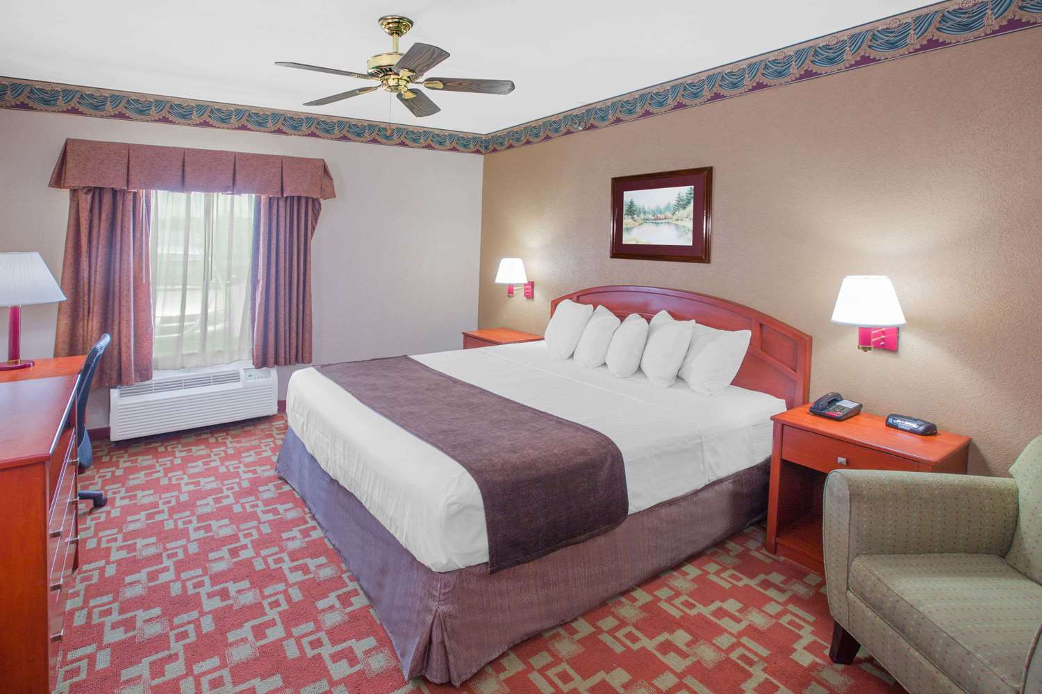 Suite - Days Inn Denham Springs