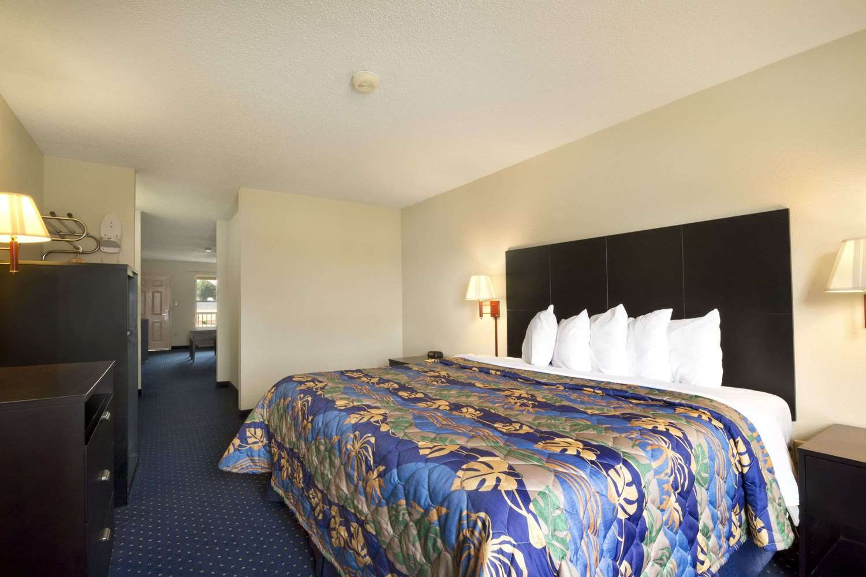 Suite - Days Inn Alma