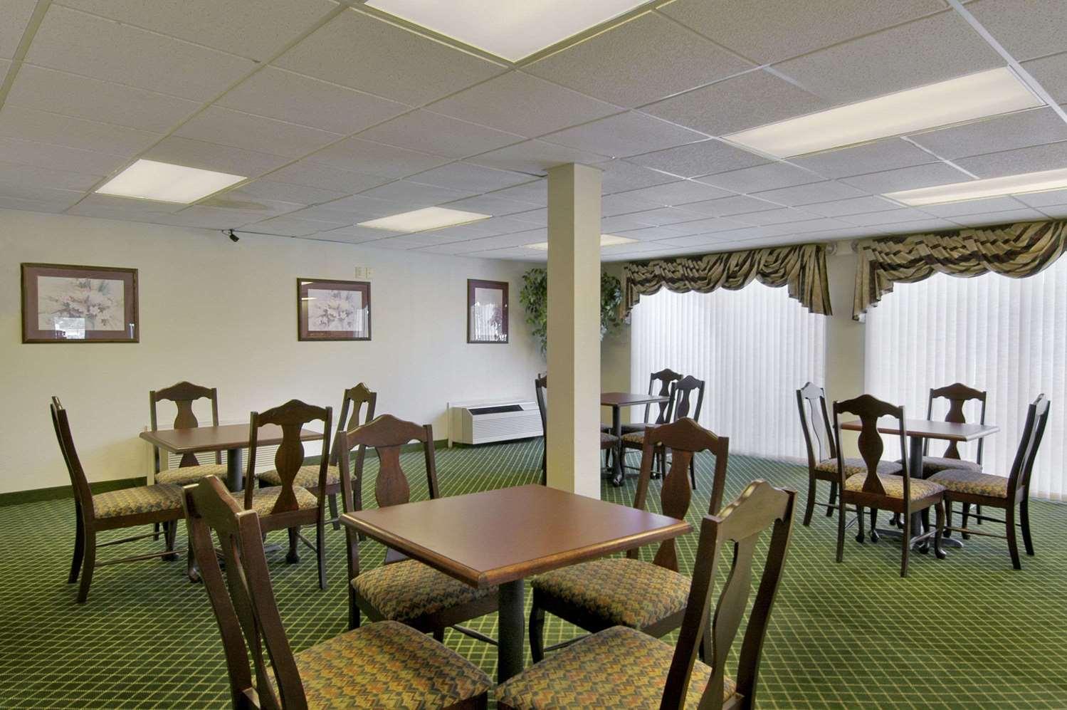 Meeting Facilities - Days Inn Alma