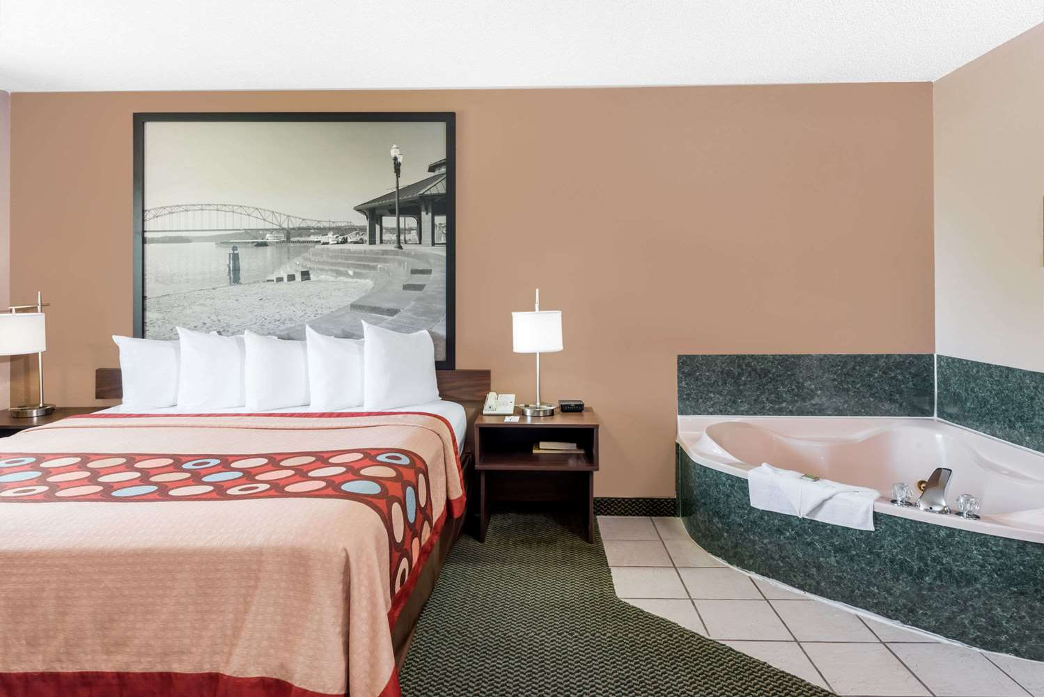 Suite - Super 8 Hotel Winfield