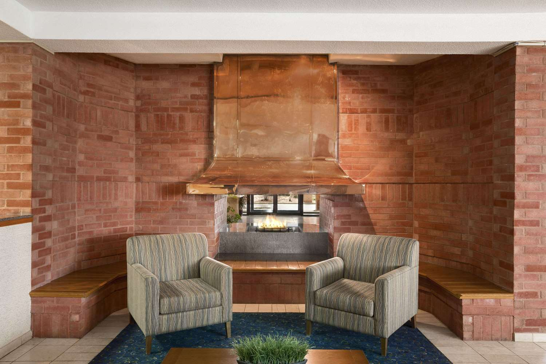 Lobby - Travelodge Chatham