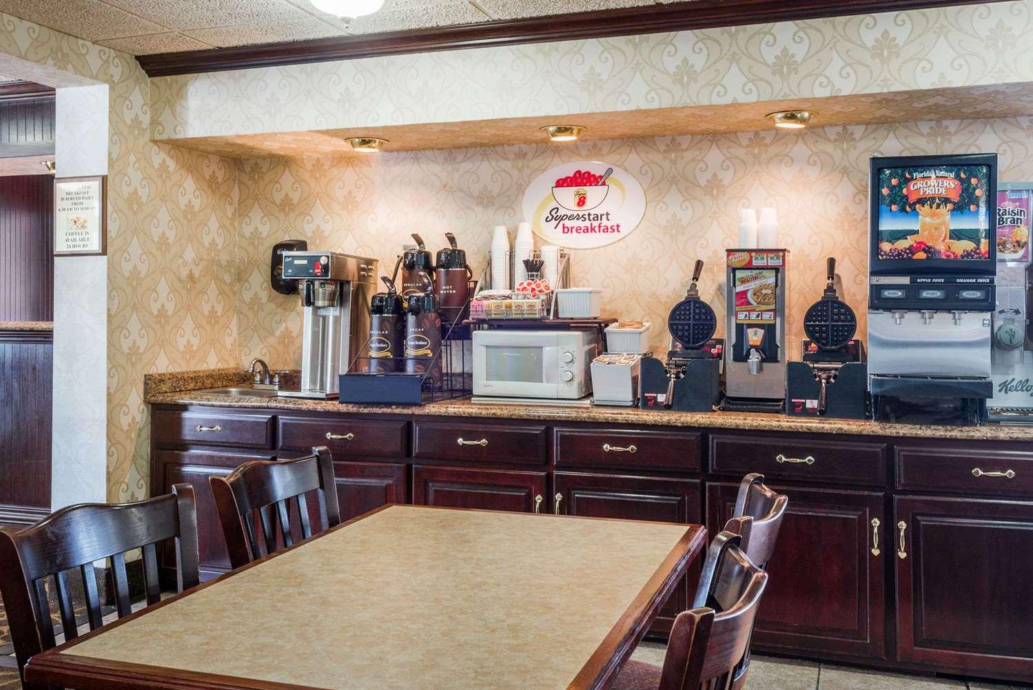 proam - Super 8 Hotel Erie