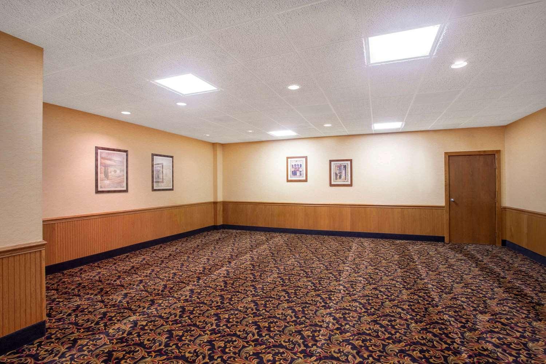 Meeting Facilities - Super 8 Hotel Erie