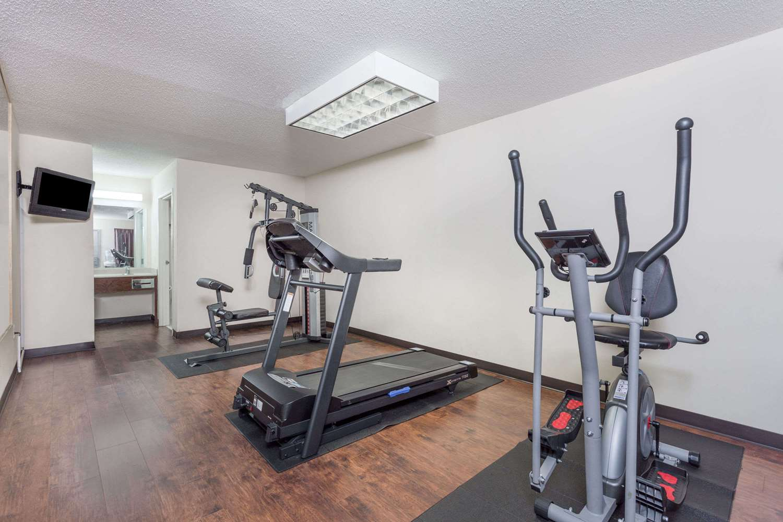 Fitness/ Exercise Room - Days Inn Royston