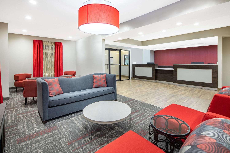 Lobby - Ramada Limited Hotel Alpharetta