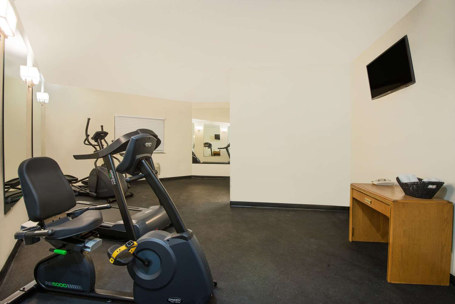 Fitness/ Exercise Room - Super 8 Hotel Grove City
