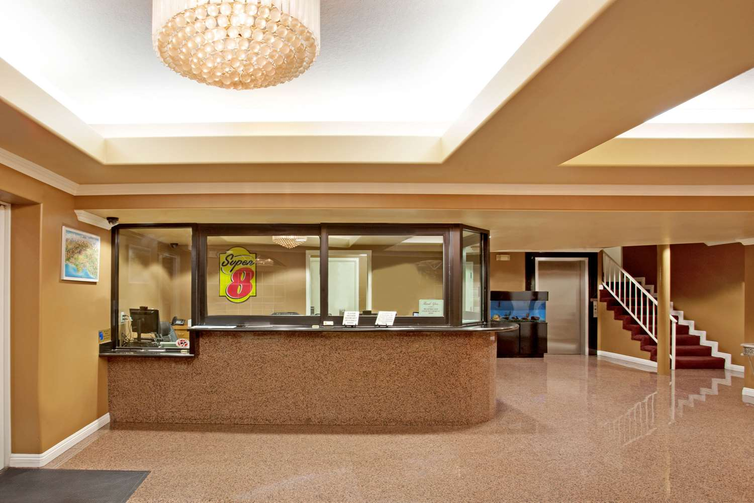 Lobby - Super 8 Hotel Downtown Los Angeles