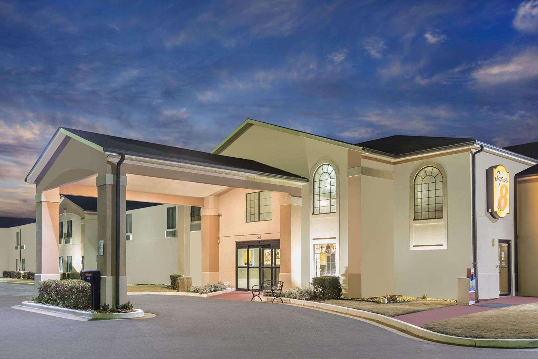 Super 8 Hotel Dawsonville Ga See Discounts