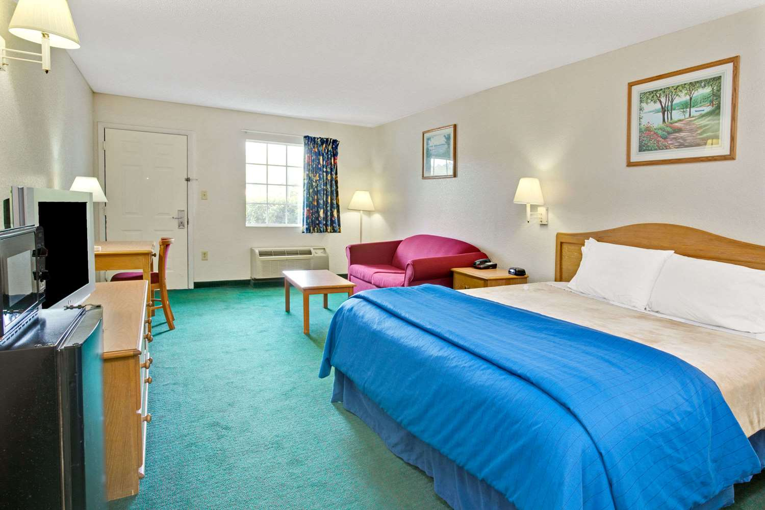 Suite - Travelodge Hotel & Suites Macclenny