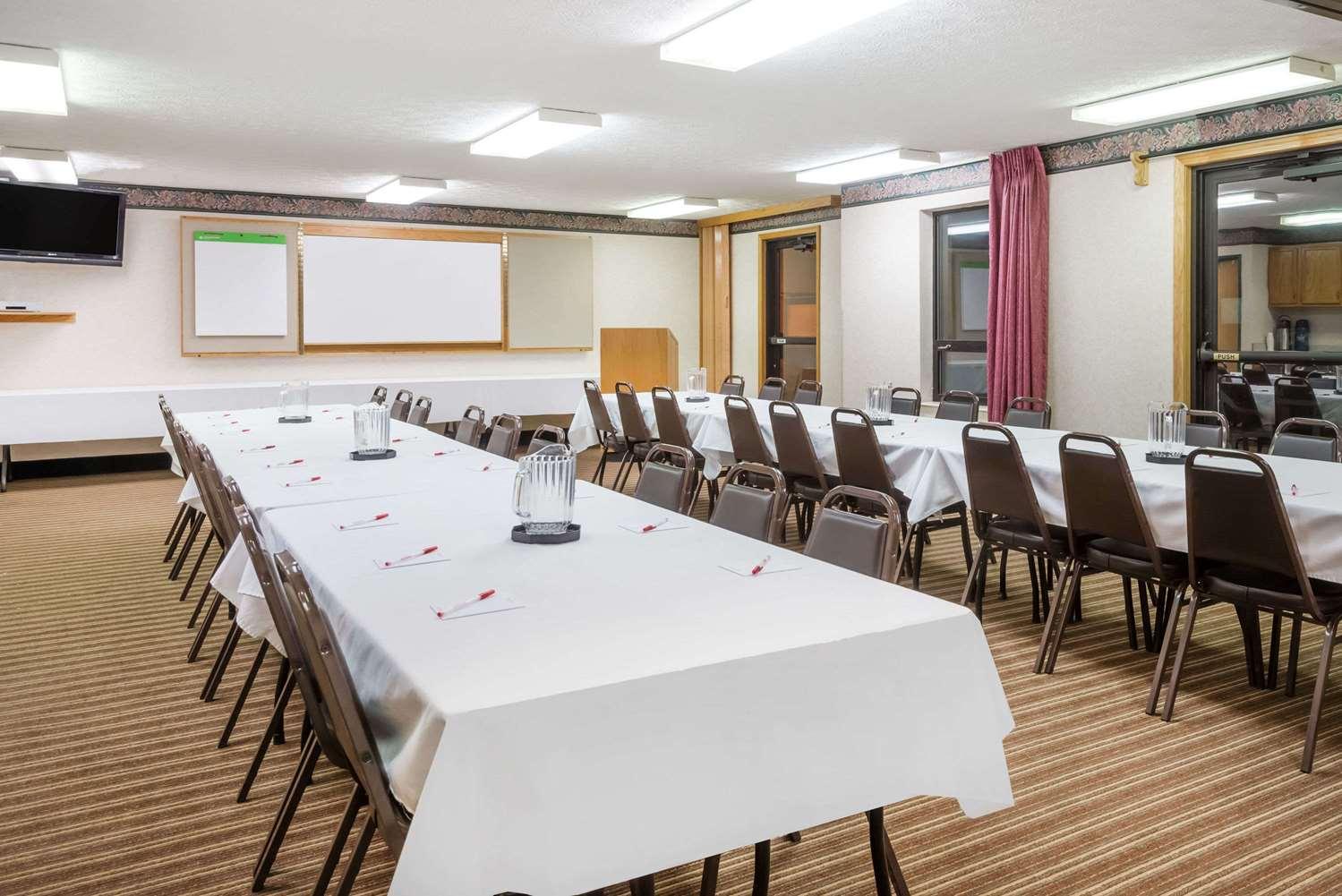 Meeting Facilities - Ramada Limited Hotel Strasburg