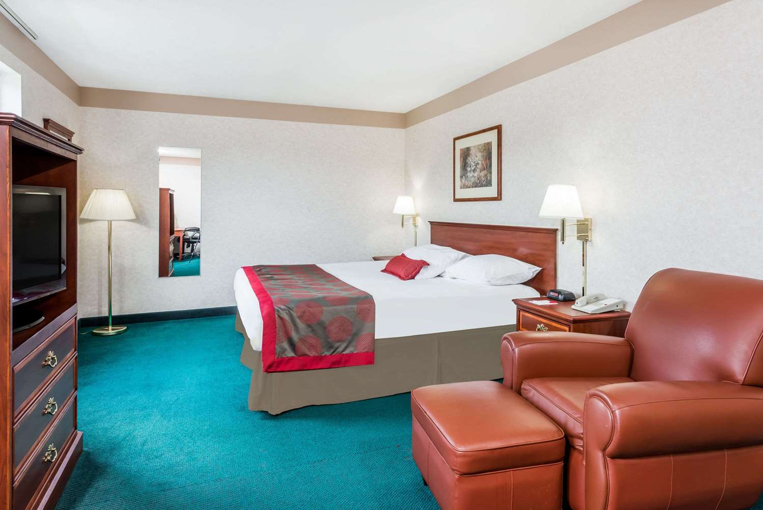 Room - Ramada Limited Hotel Strasburg