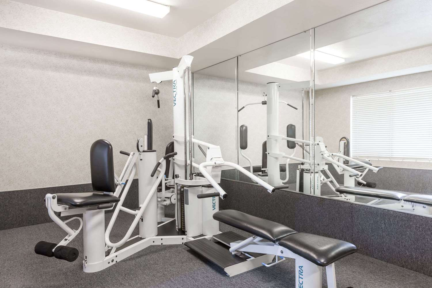 Fitness/ Exercise Room - Ramada Limited Hotel Bakersfield