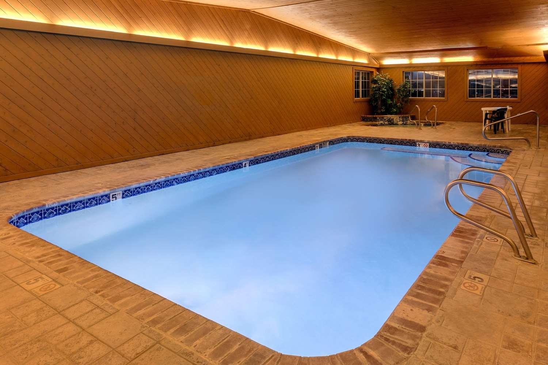 Pool - Super 8 Hotel Carroll