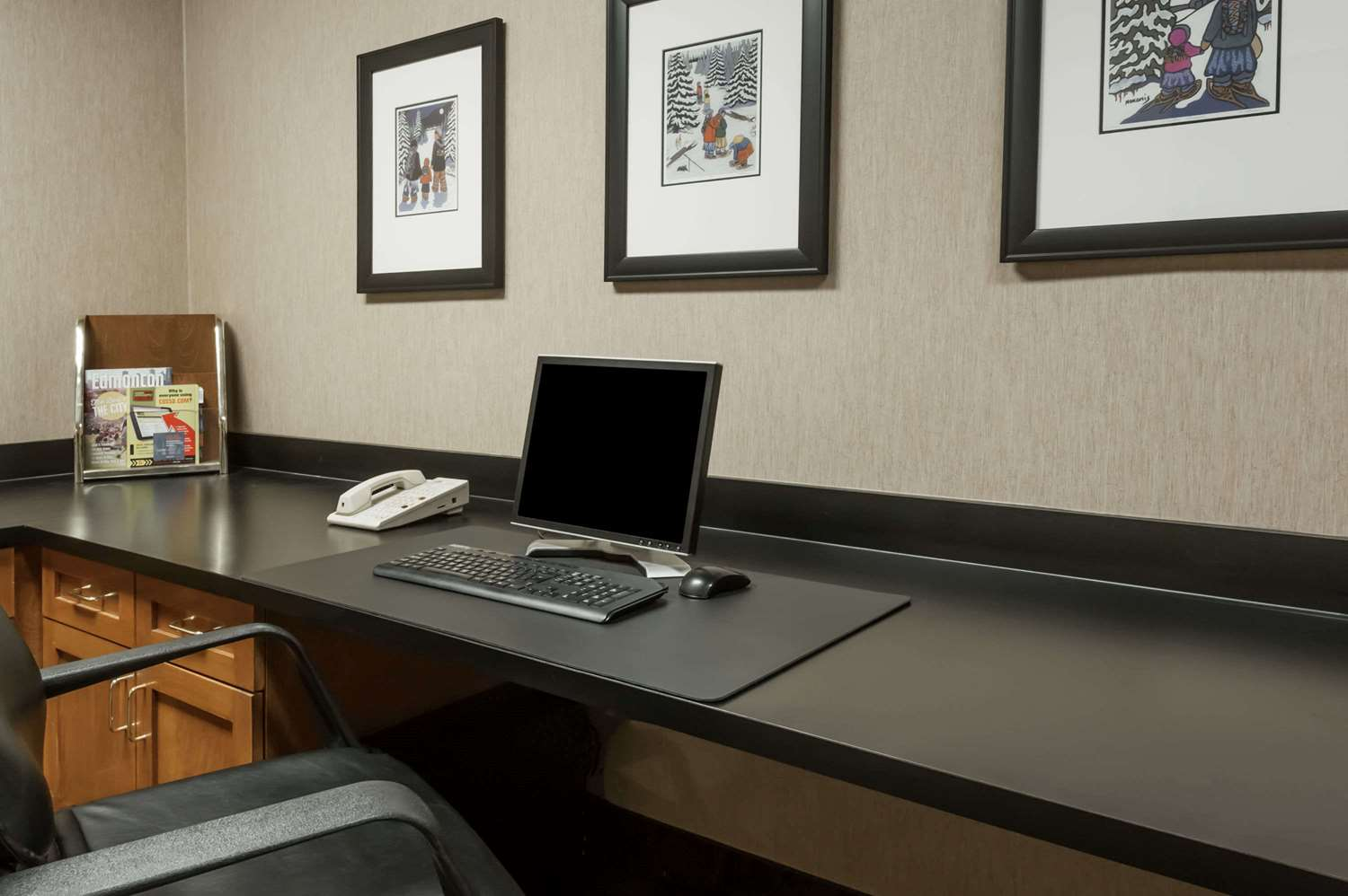 Conference Area - Wingate by Wyndham Hotel West Edmonton