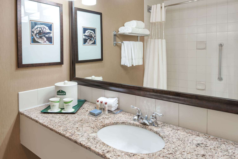 Room - Wingate by Wyndham Hotel West Edmonton