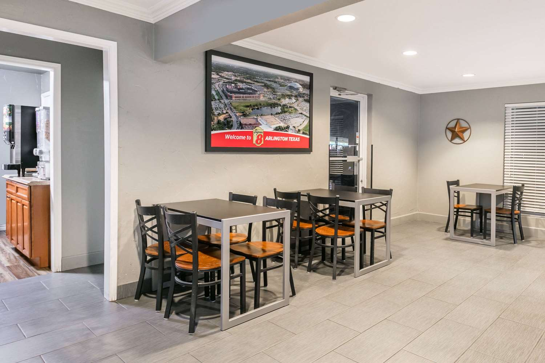 Lobby - Super 8 Hotel Southwest Arlington