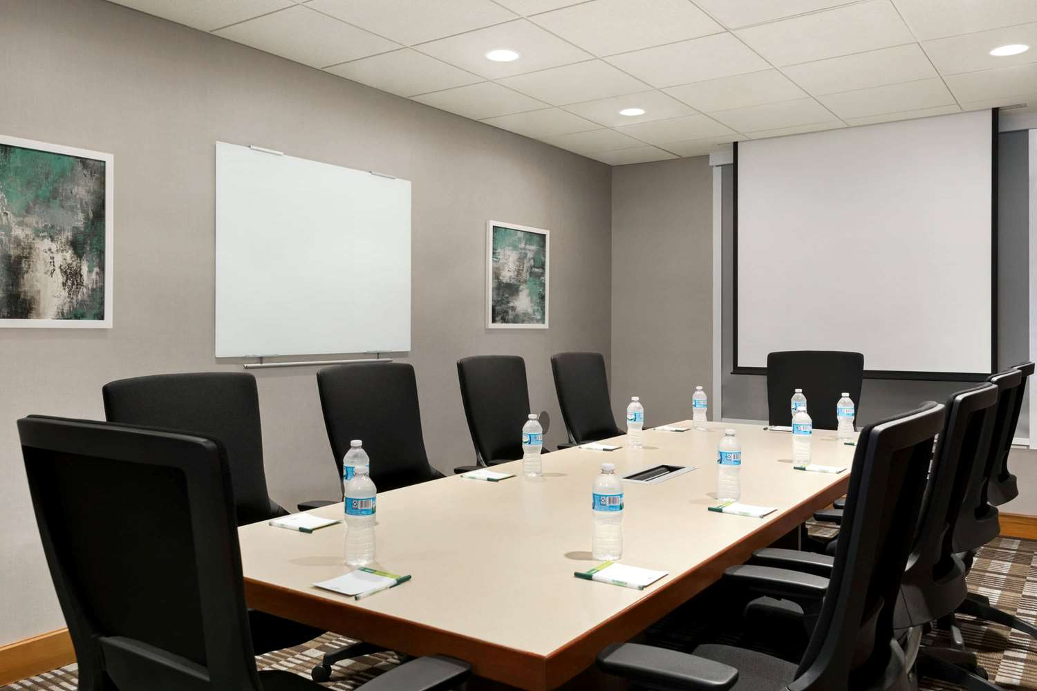 Meeting Facilities - Wingate by Wyndham Hotel Blue Ash