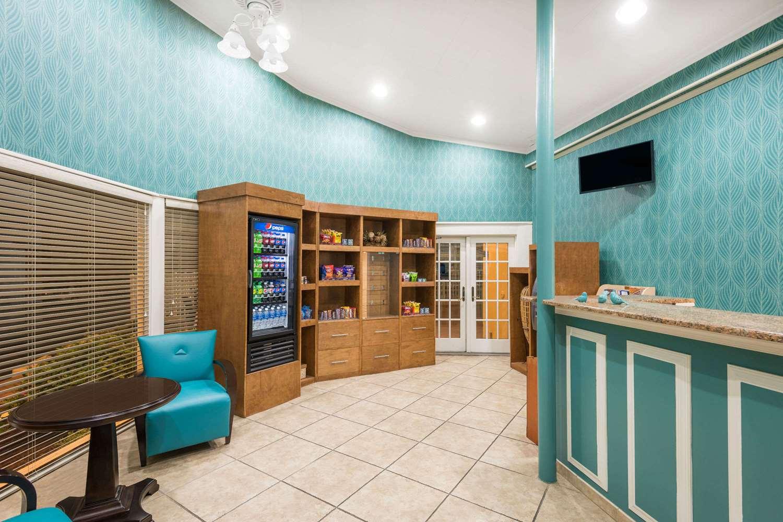Lobby - Howard Johnson Inn Ocean City