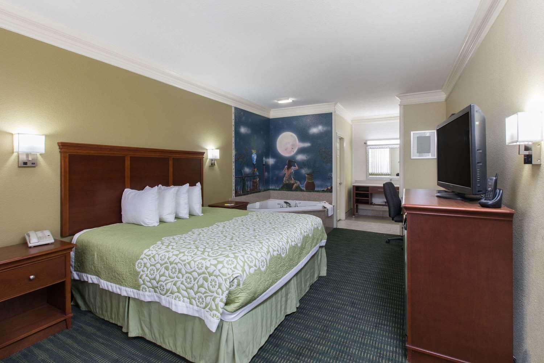 Suite - Days Inn Big Spring