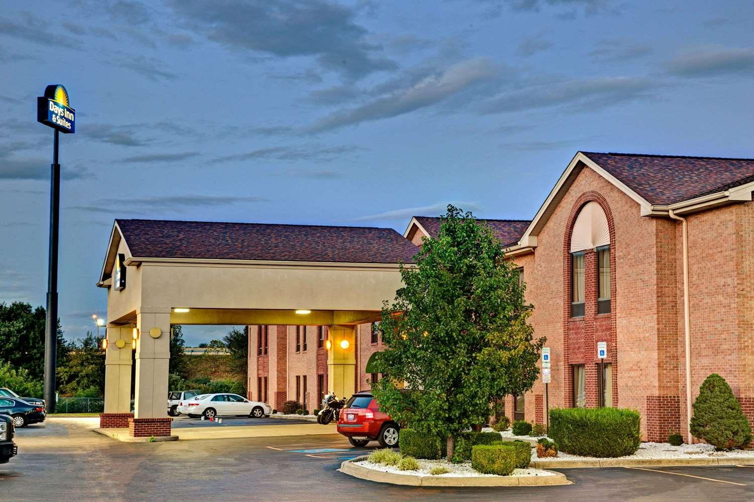Exterior view - Days Inn Shively