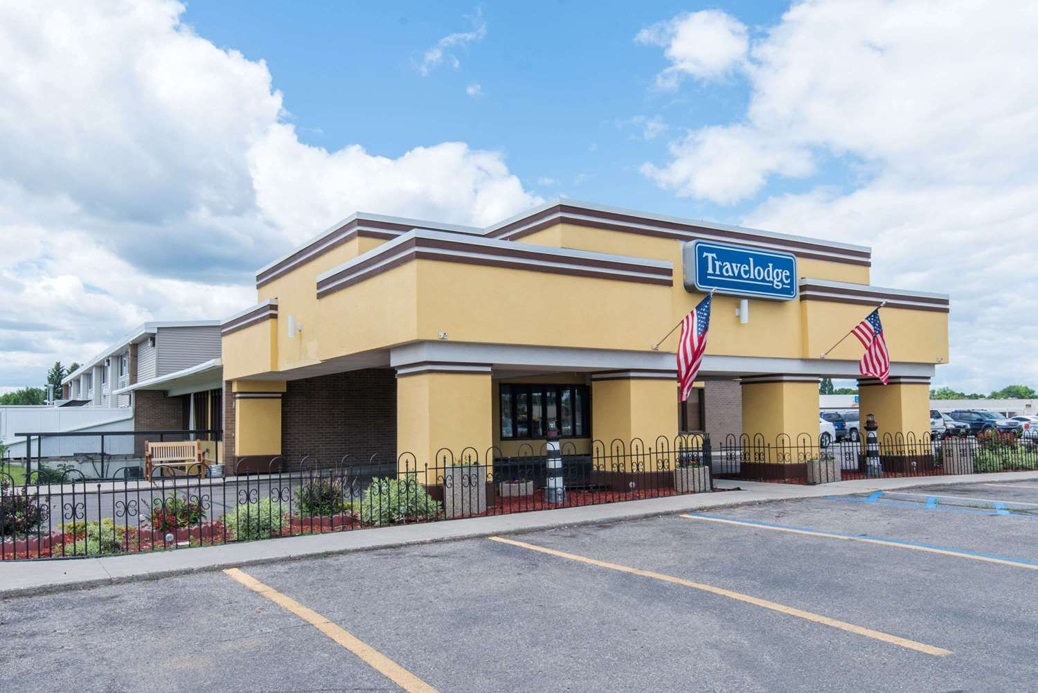 Exterior view - Travelodge Grand Forks