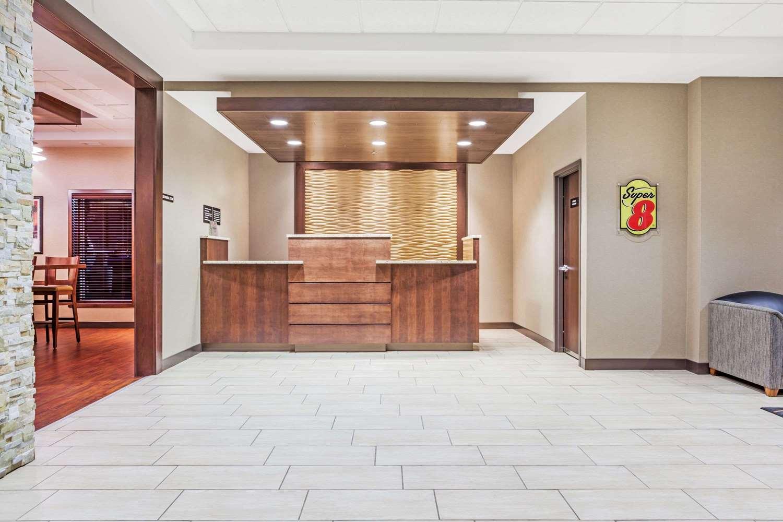 Lobby - Super 8 Hotel Wetaskiwin