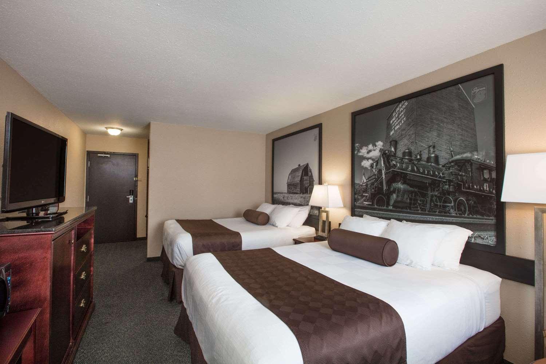Room - Super 8 Hotel Wetaskiwin
