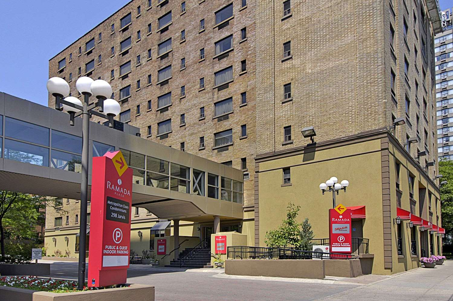 Exterior view - Ramada Plaza Hotel Downtown Toronto
