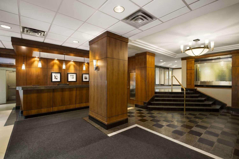 Lobby - Ramada Plaza Hotel Downtown Toronto