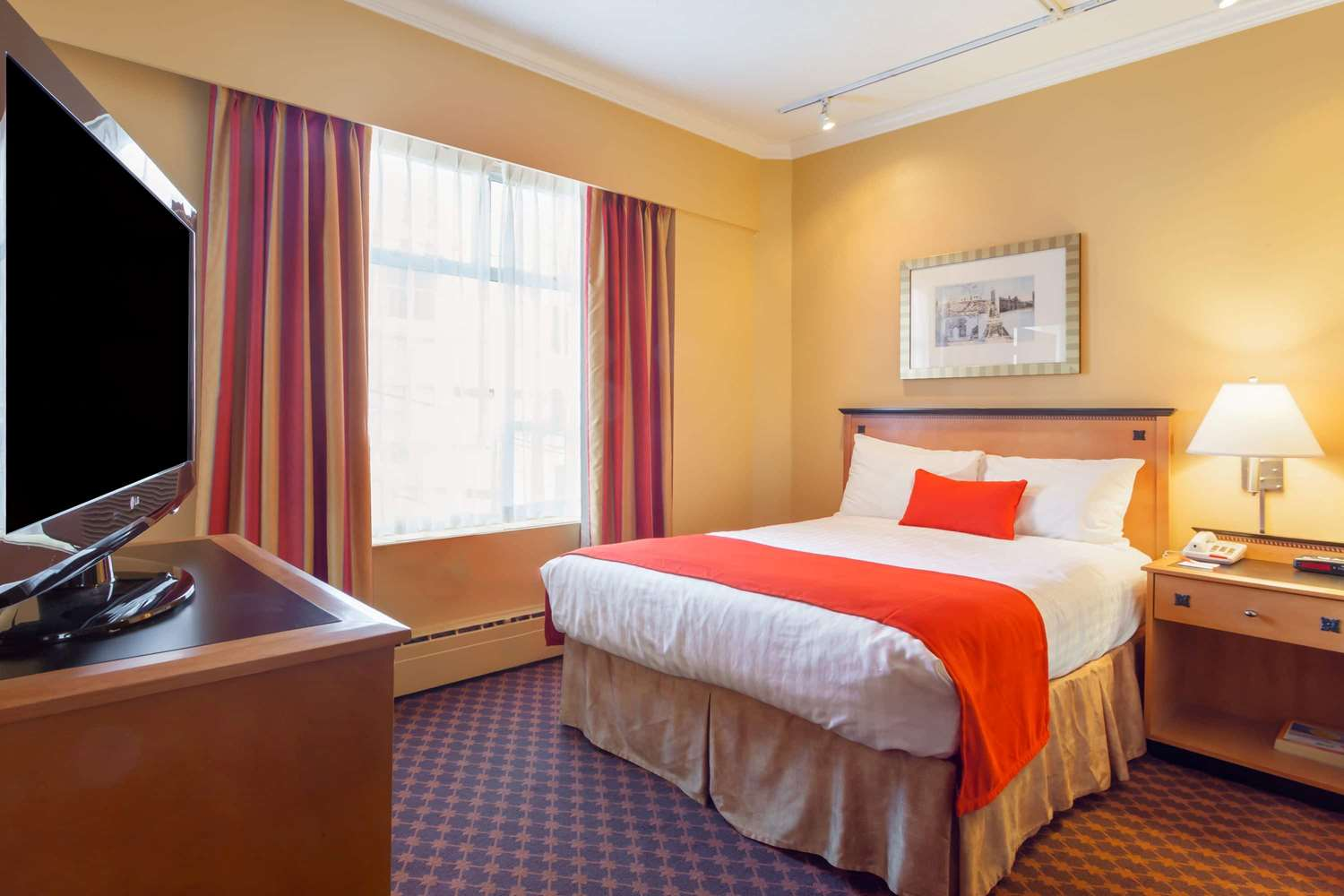 Room - Howard Johnson Hotel Downtown Vancouver