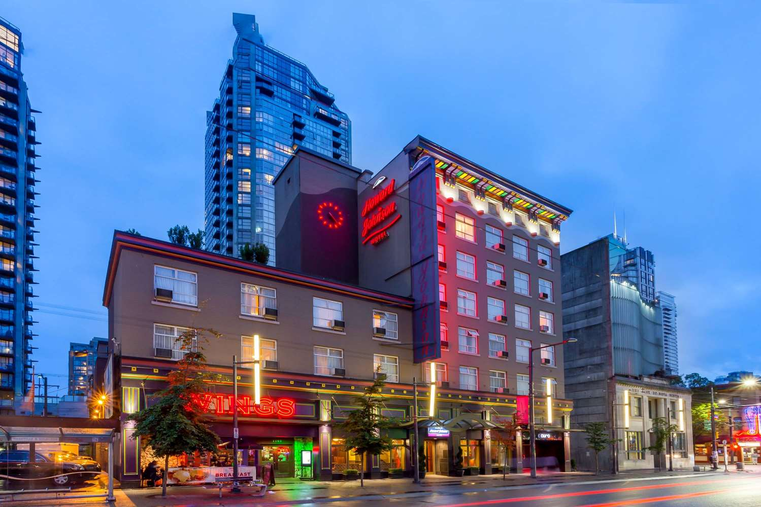 Exterior view - Howard Johnson Hotel Downtown Vancouver
