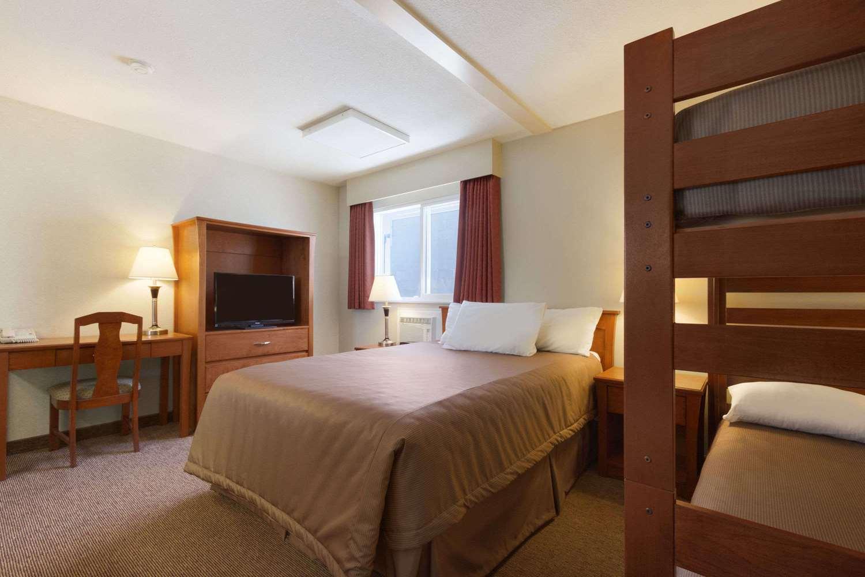 Room - Travelodge Fraser Highway Langley