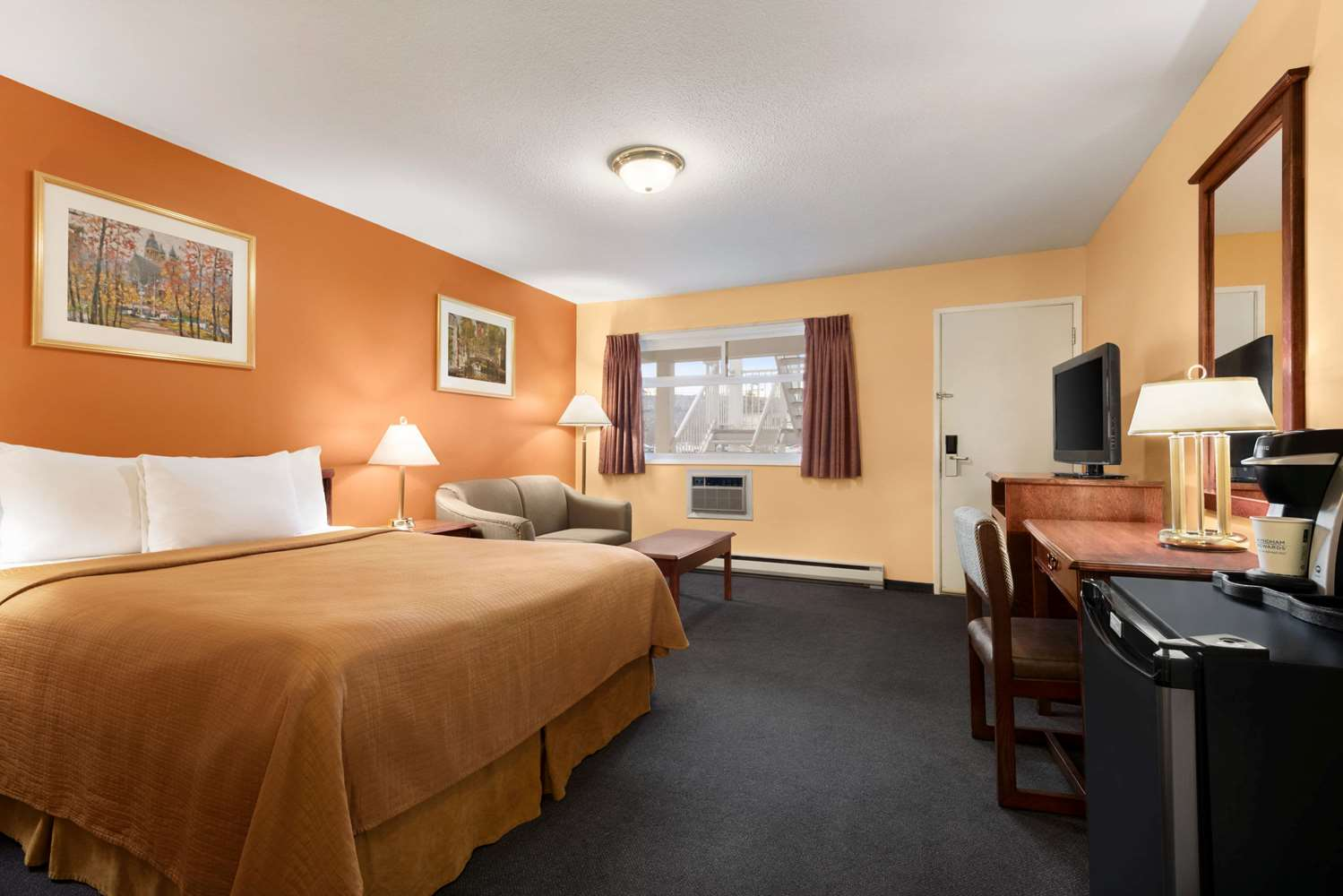 Room - Travelodge Quesnel